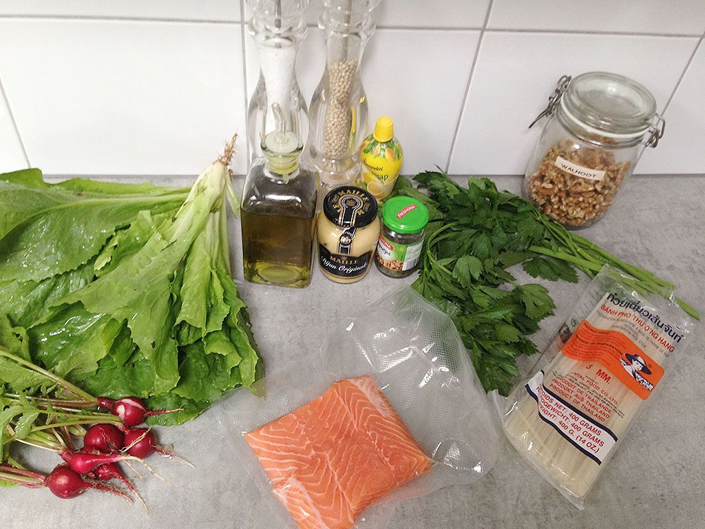 Salmon with escarole and rice noodles ingredients