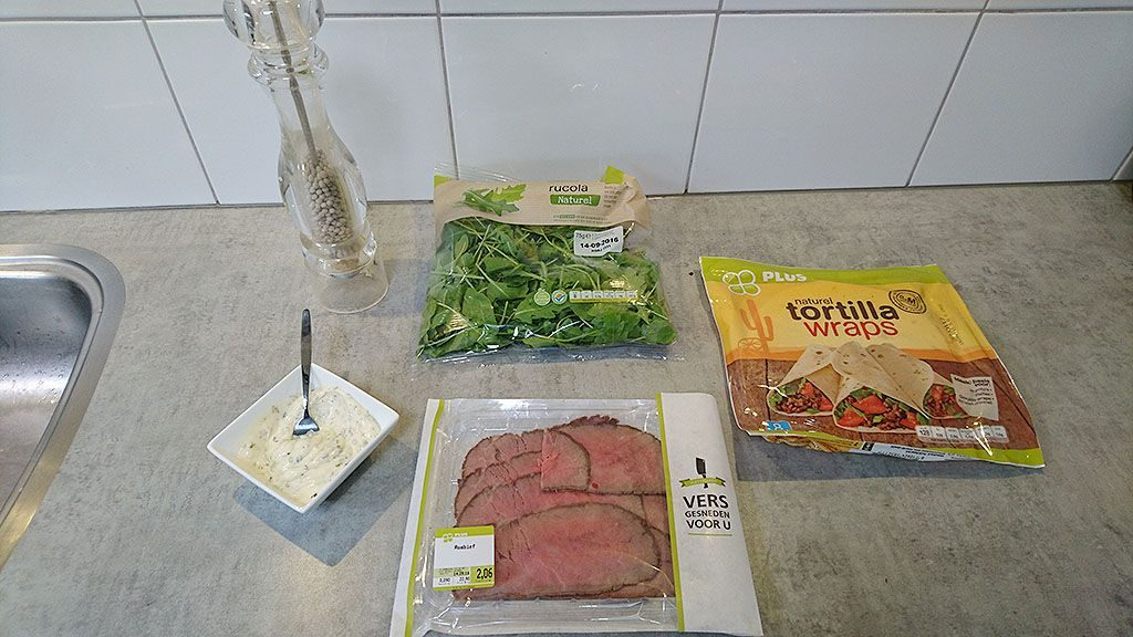Roast beef tortilla ingredients