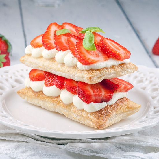 Strawberry mille feuille square - Strawberry mille-feuille