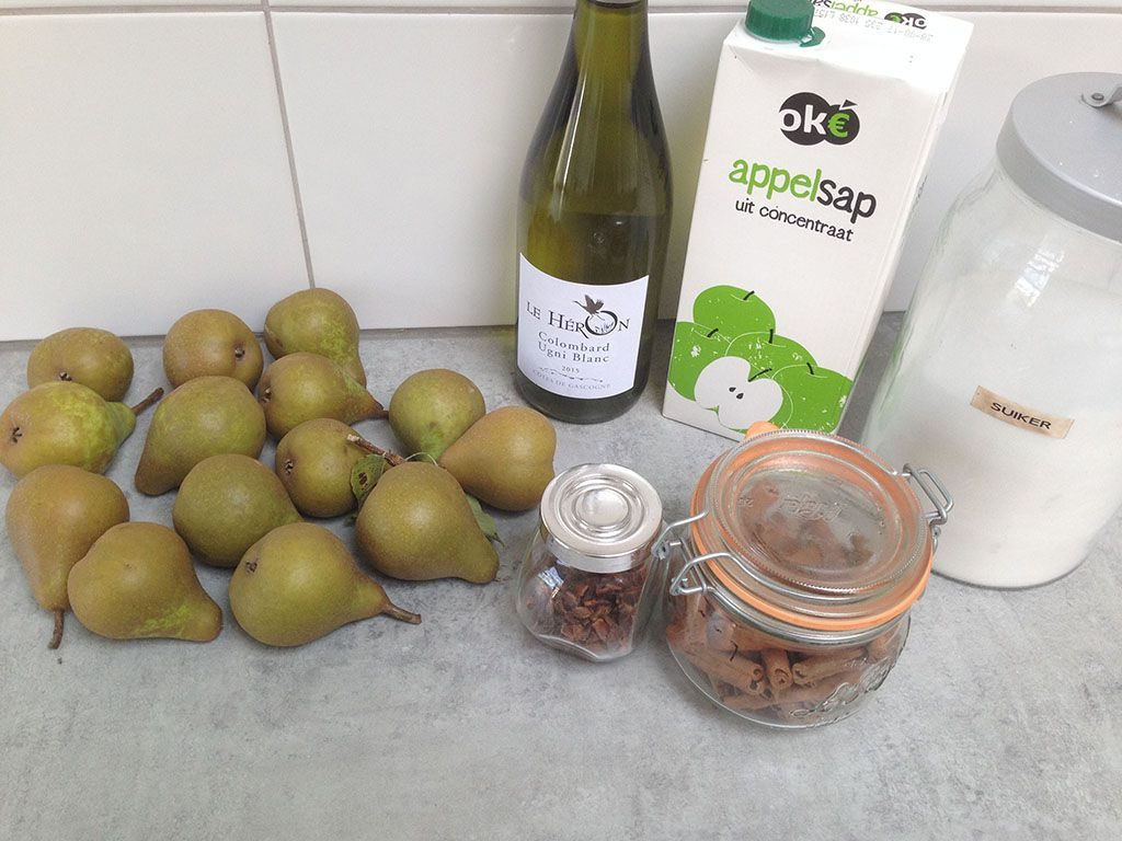 Poached pears in apple juice ingredients