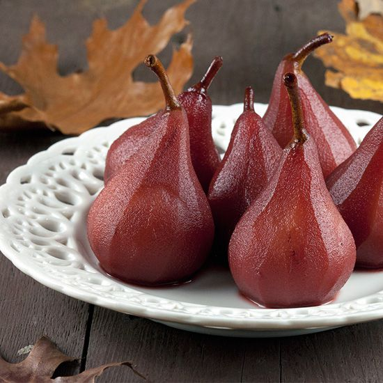 Poached pears in red wine and ginger