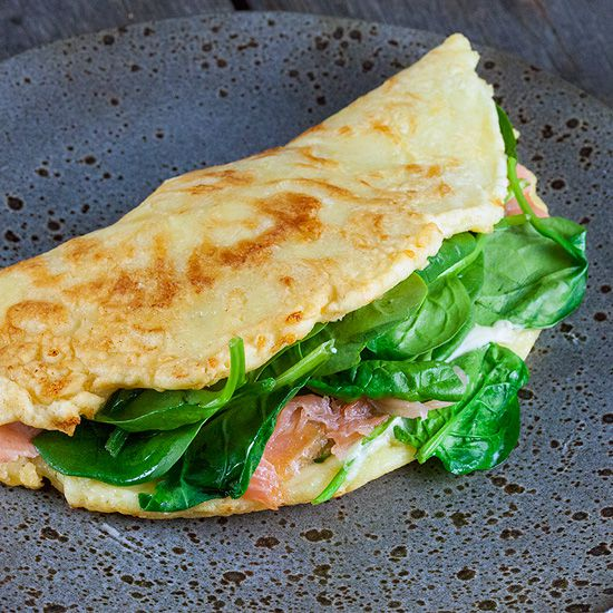 Salmon and spinach pancake square - Salmon and spinach pancake