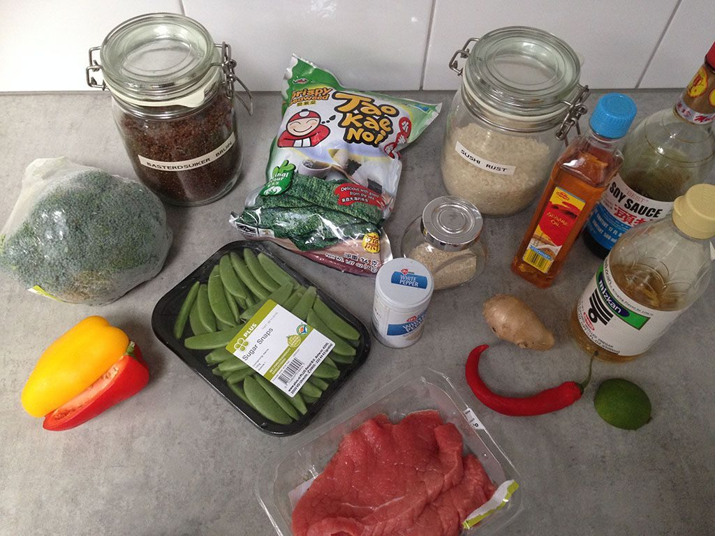 Sushi bowl with beef teriyaki ingredients