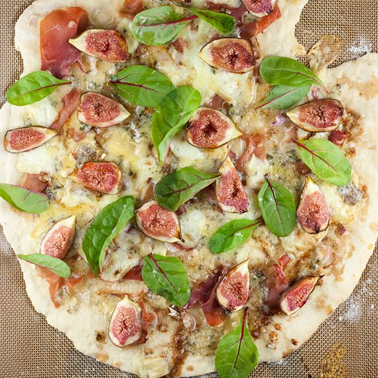 Fig prosciutto pizza with purple baby spinach square - Fig-prosciutto pizza with purple baby spinach