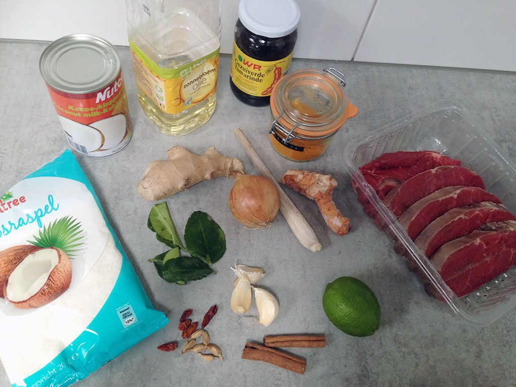 Indonesian rendang ingredients
