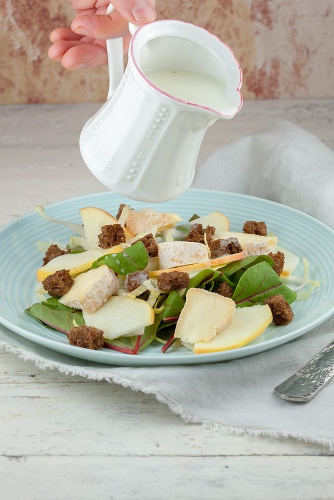 Chicory and apple salad with buttermilk dressing