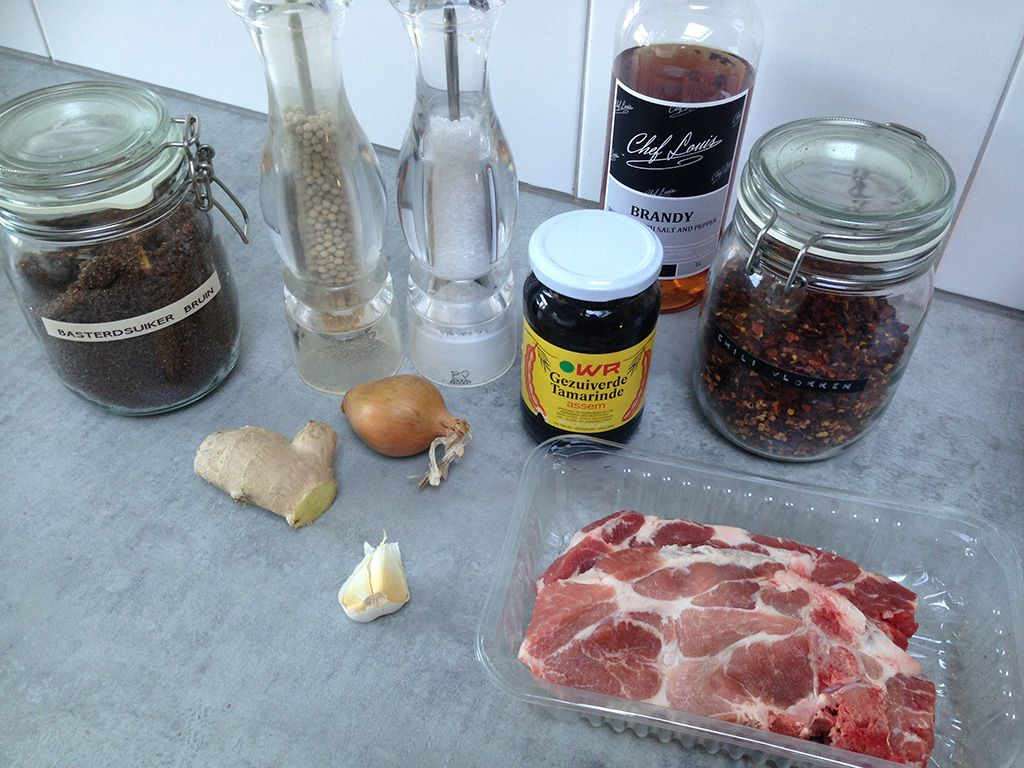 Marinated pork shoulder chops ingredients