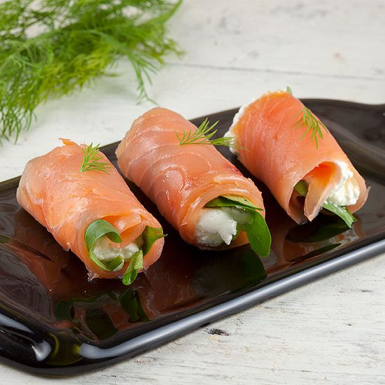 Smoked salmon rolls square - Smoked salmon rolls
