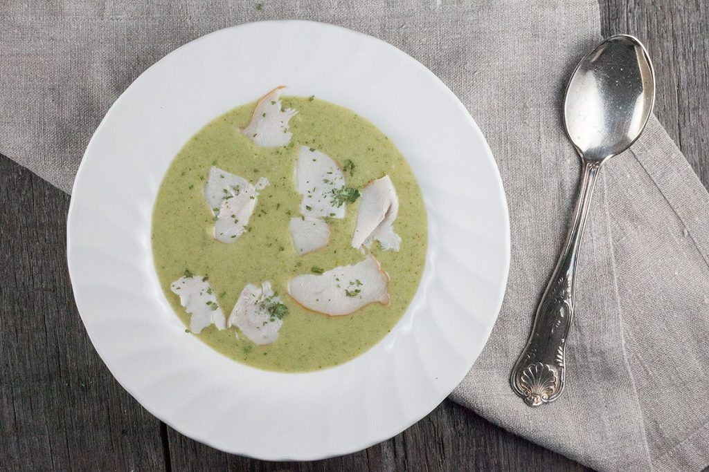 Creamy broccoli and smoked chicken soup