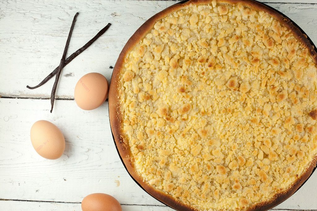 Dutch crumb pie - Kruimelvlaai