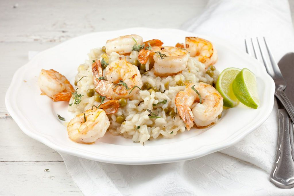 Risotto with shrimps and peas