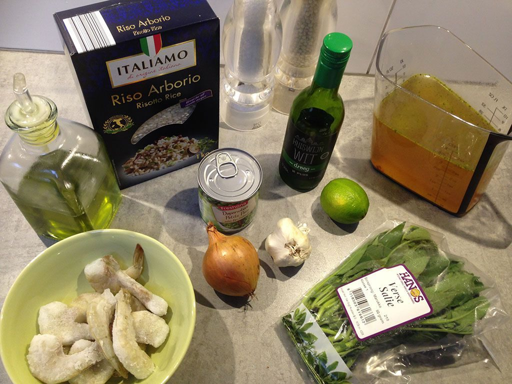 Risotto with shrimps and peas ingredients