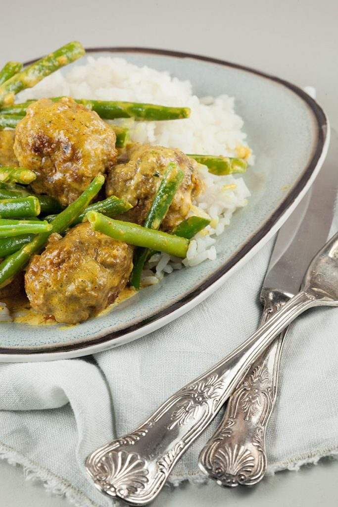 Spiced meatballs with green beans and rice 2 683x1024 - Spiced meatballs with green beans and rice