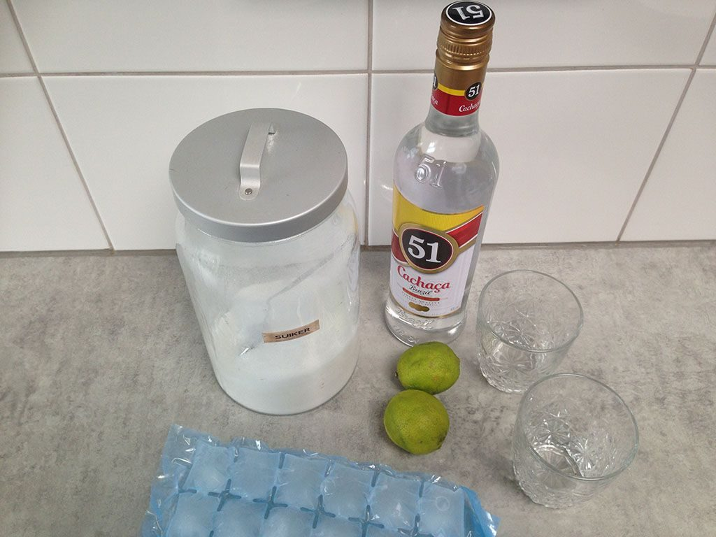 Classic caipirinha ingredients