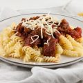 Pasta sauce with ground beef and tomatoes 120x120 - Beef sirloin in red wine sauce casserole