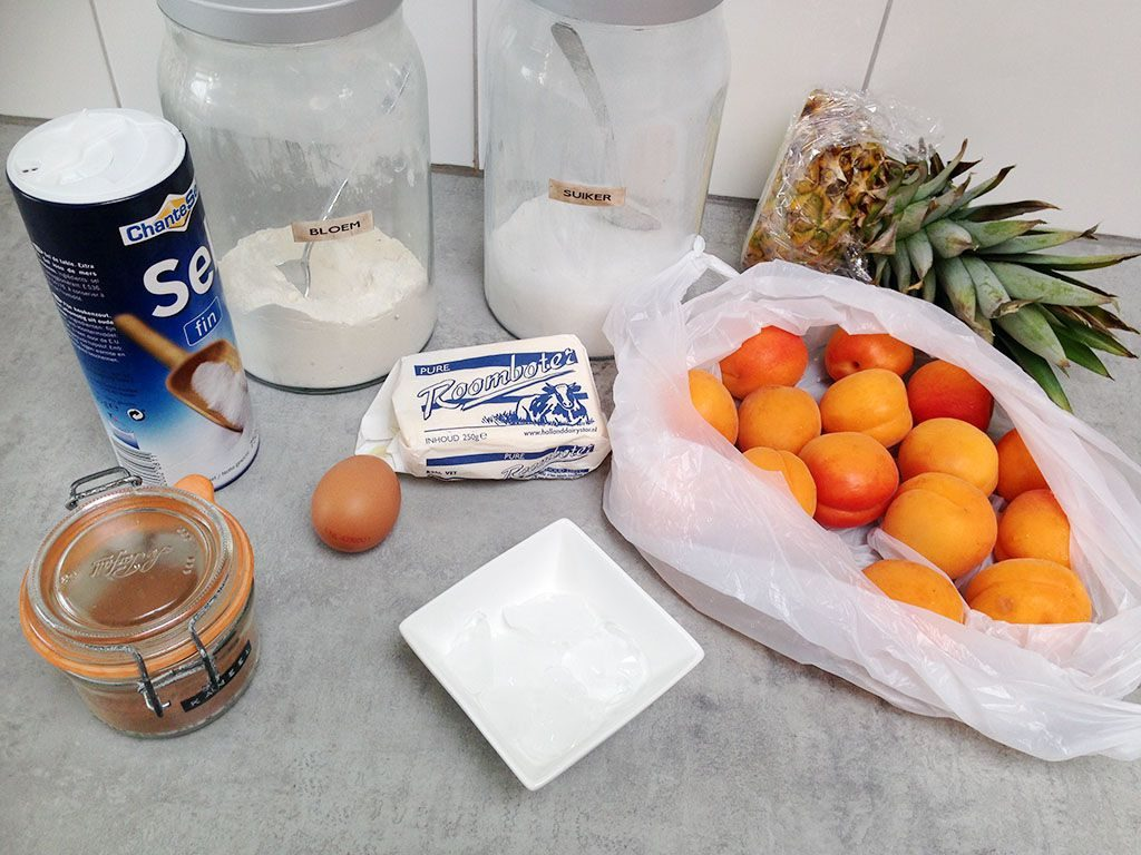 Pineapple-apricot galette ingredients