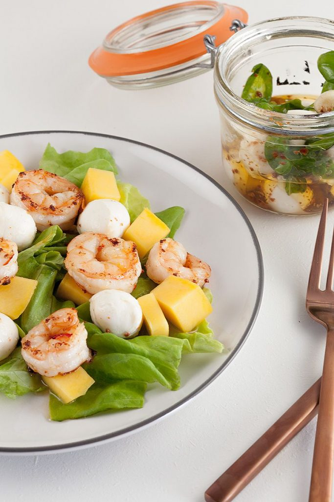Shrimp salad with mango and mozzarella 2 683x1024 - Shrimp salad with mango and mozzarella