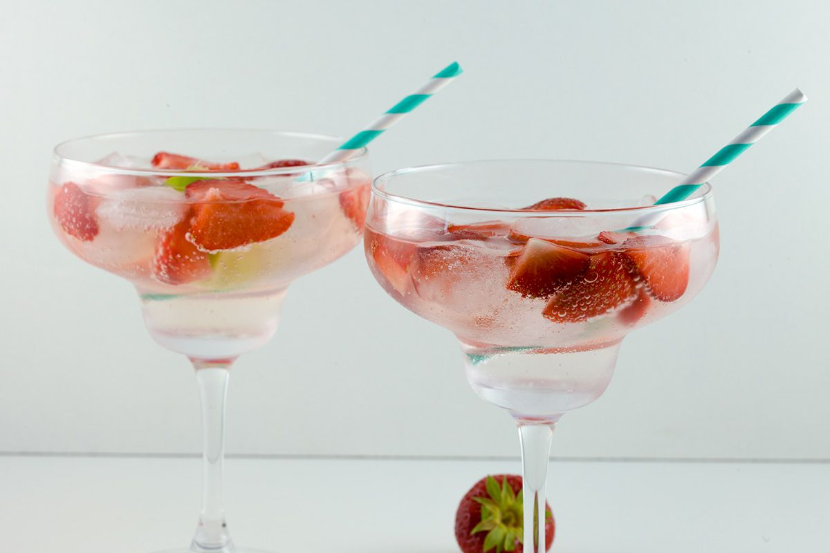 Strawberry lime Gin and Tonic