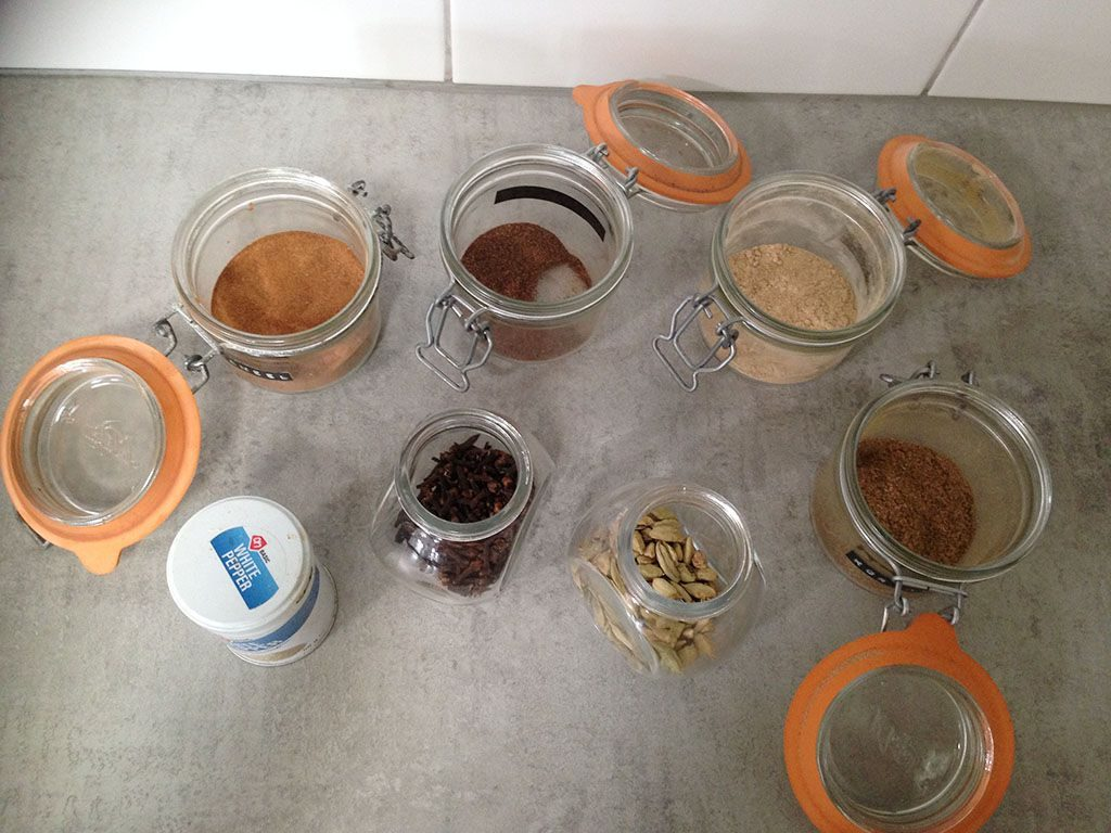 How to make Dutch speculaaskruiden (spice mix) ingredients