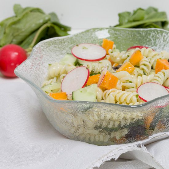 Pasta salad with cucumber and basil pesto