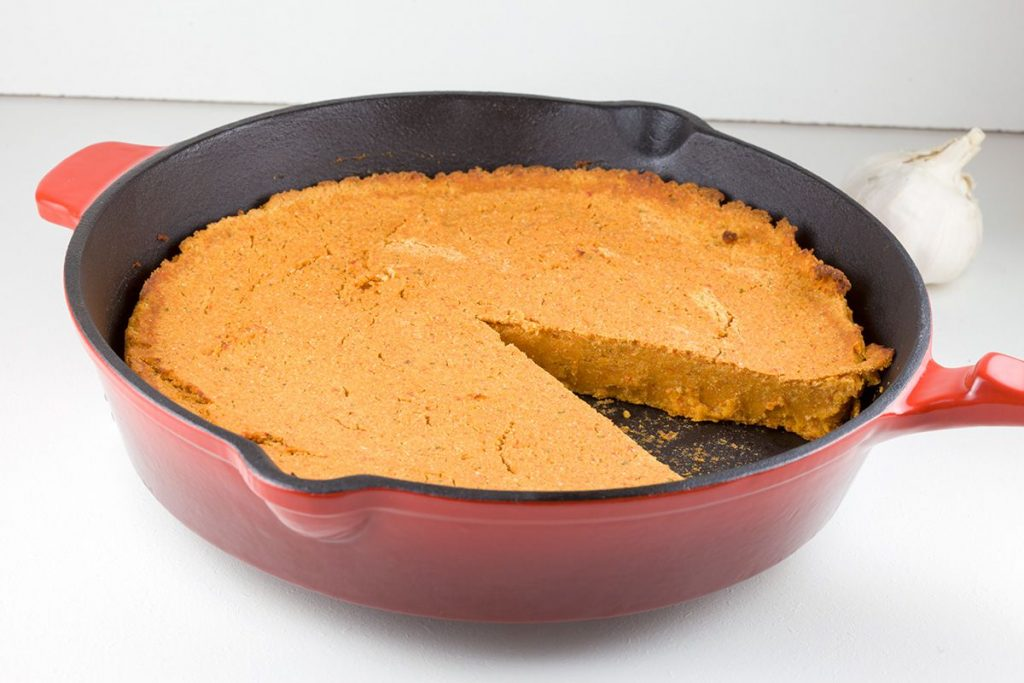 Red lentils and roasted pepper bread