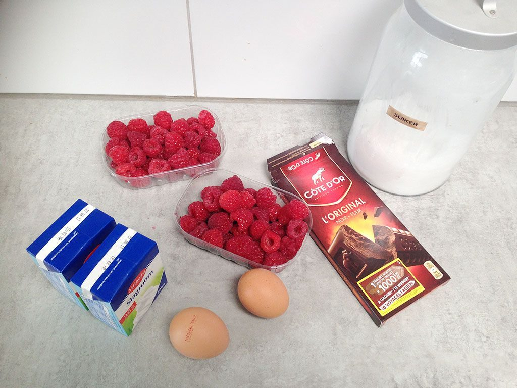 Raspberry mousse ingredients