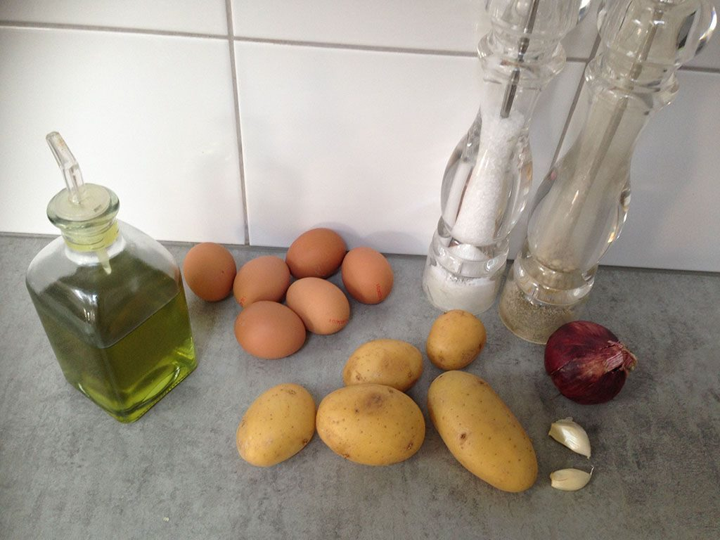 Spanish omelette ingredients