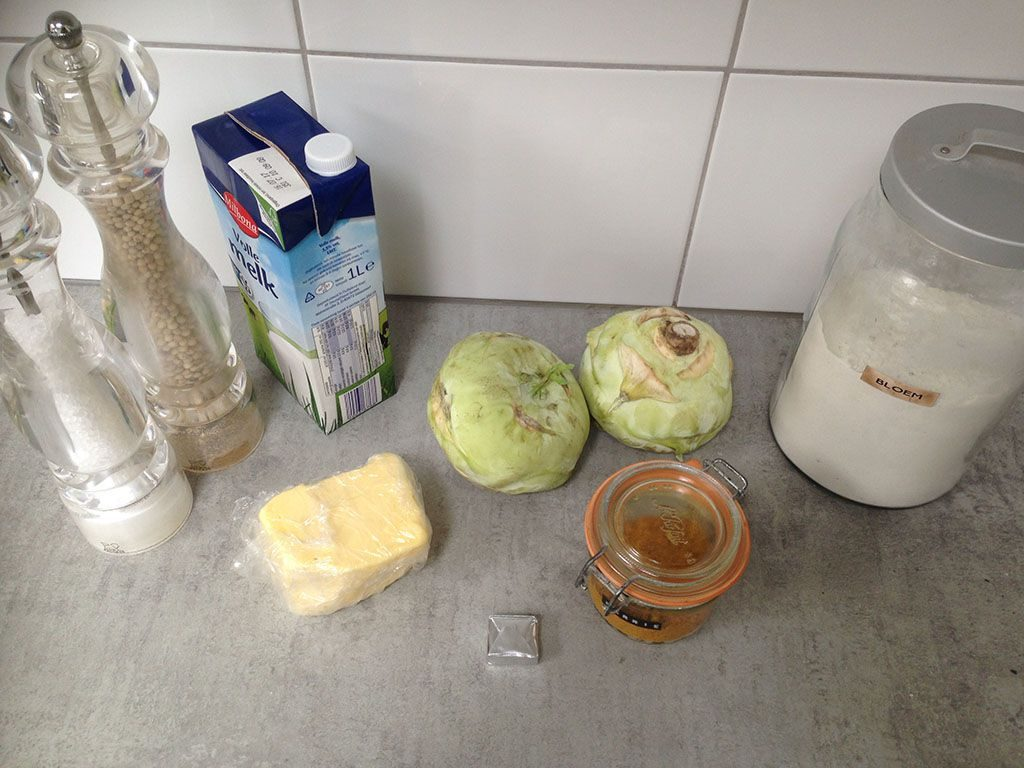 Kohlrabi in creamy sauce ingredients