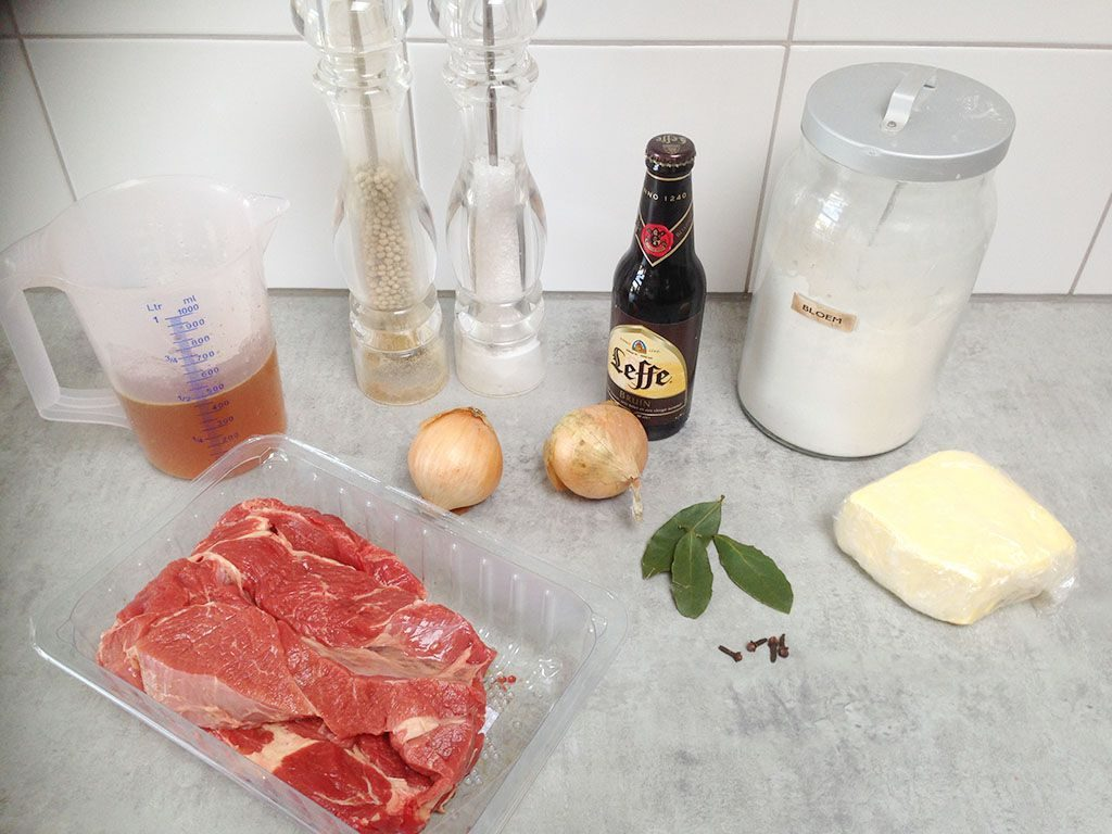 Classic hachee - Dutch beef stew ingredients