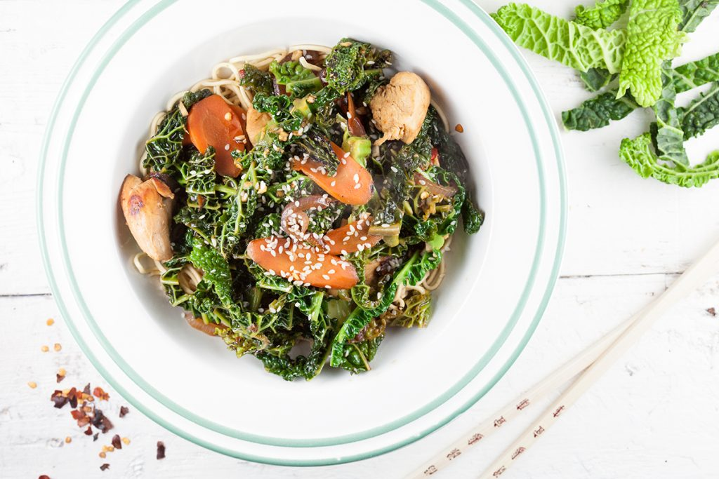 Chicken and savoy cabbage stir-fry