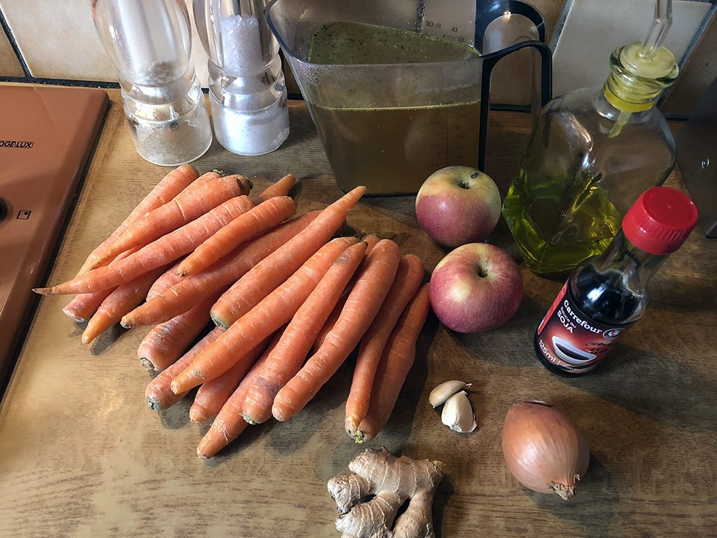 Carrot and apple soup ingredients
