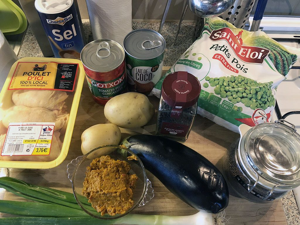 Coconut curry chicken soup ingredients 1024x768 - Coconut-curry chicken soup