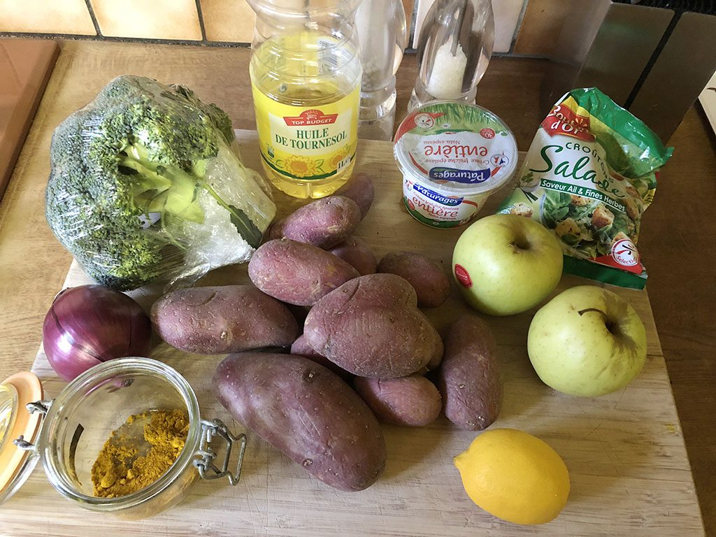 Curried red potato salad with broccoli ingredients