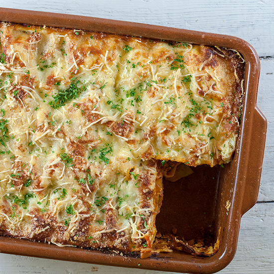Ground beef and ricotta lasagna square - Ground beef and ricotta lasagna