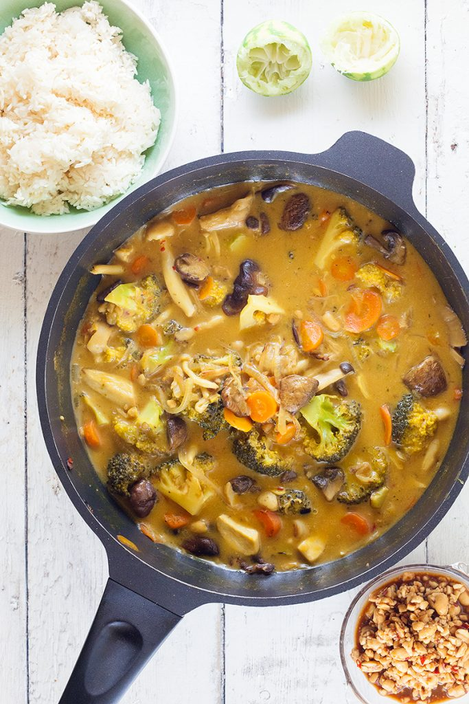Mushroom curry with rice
