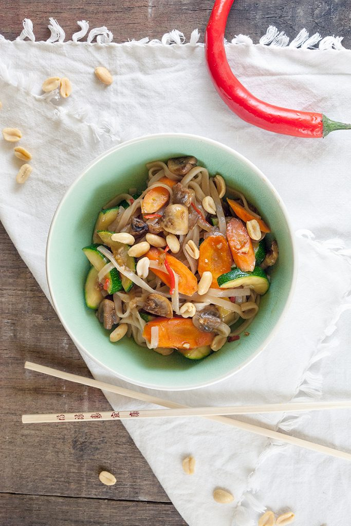 Pan fried vegetables with rice noodles 2 683x1024 - Pan-fried vegetables with rice noodles