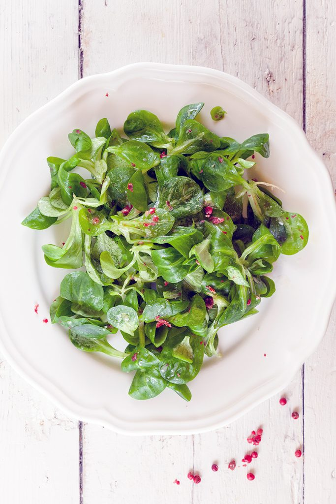 Salad with pink peppercorn dressing