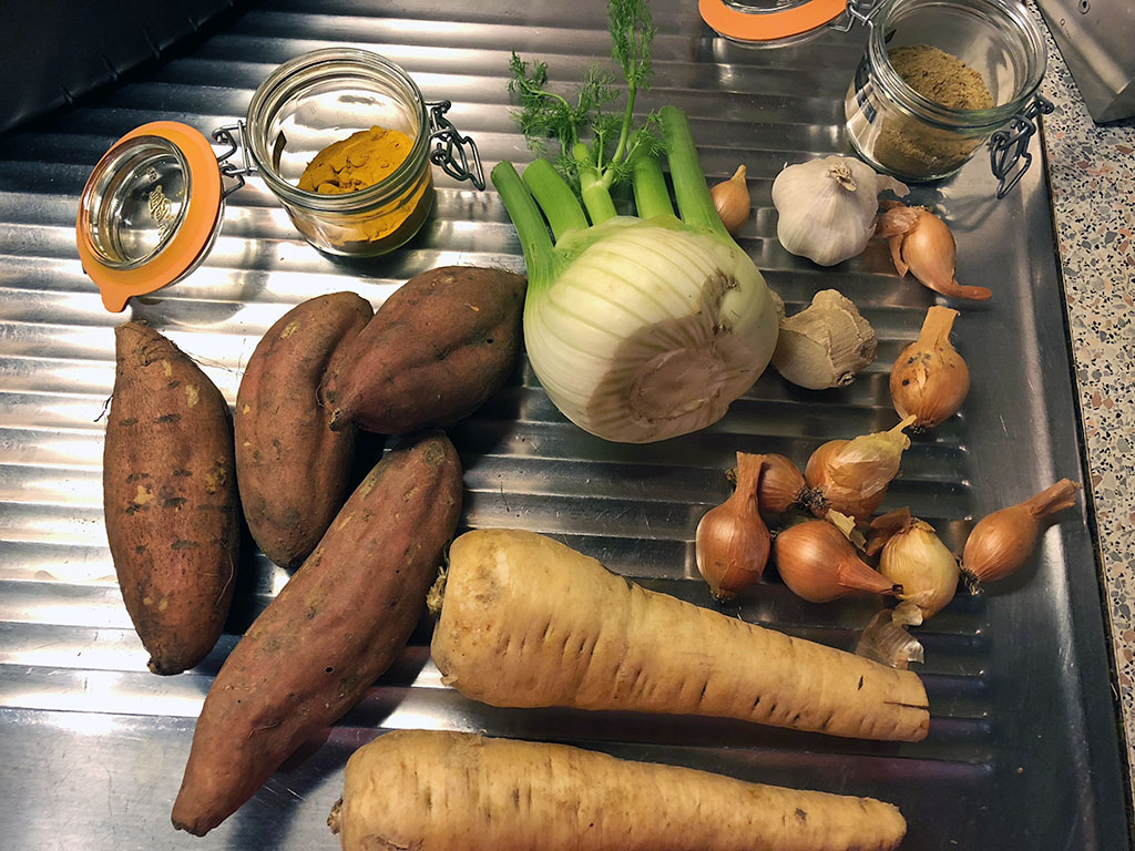 Turmeric roasted vegetables ingredients