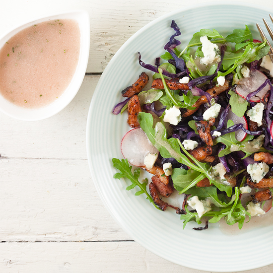 Sauteed red cabbage and blue cheese salad square - Sauteed red cabbage and blue cheese salad