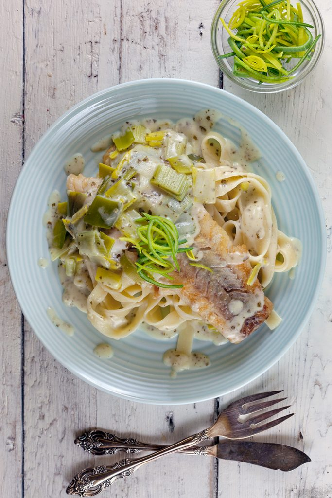 Tagliatelle with creamy pesto leeks and cod
