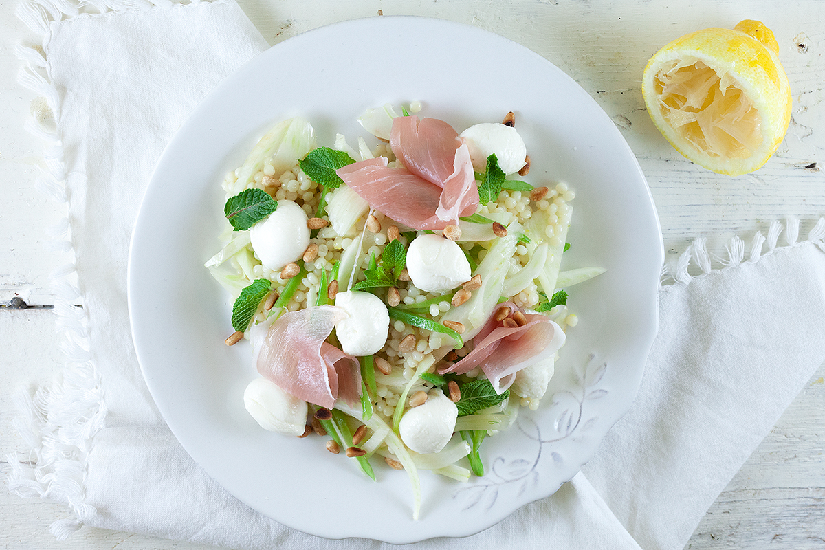 Pearl couscous, mozzarella and fennel salad