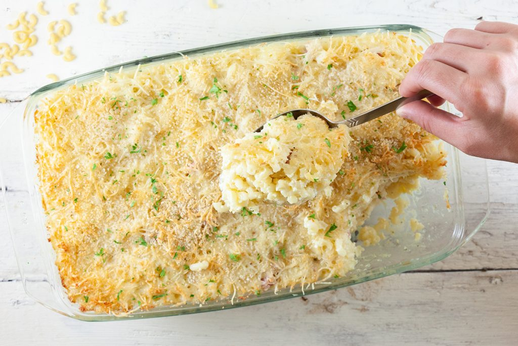 Macaroni and boursin gratin