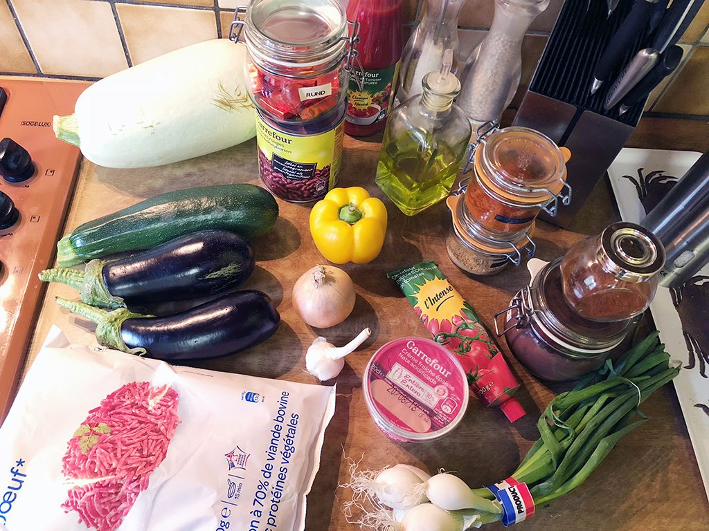 Summer squash chili con carne ingredients