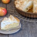 Apple meringue pie 120x120 - Meringue and stracciatella ice cream pie