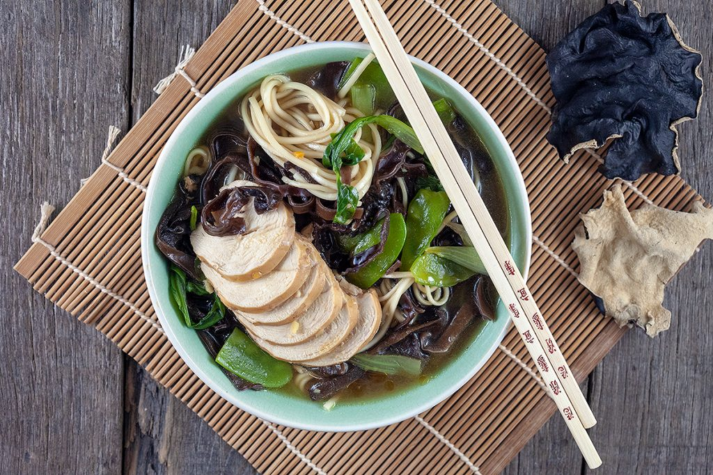 Black mushroom and chicken Ramen
