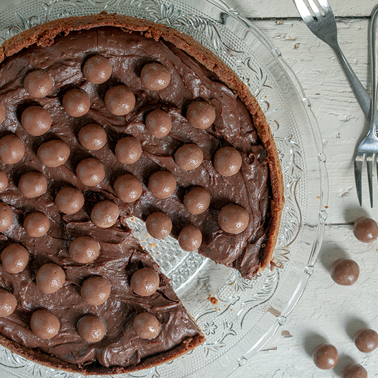 Chocolate malteser pie square - Chocolate malteser pie