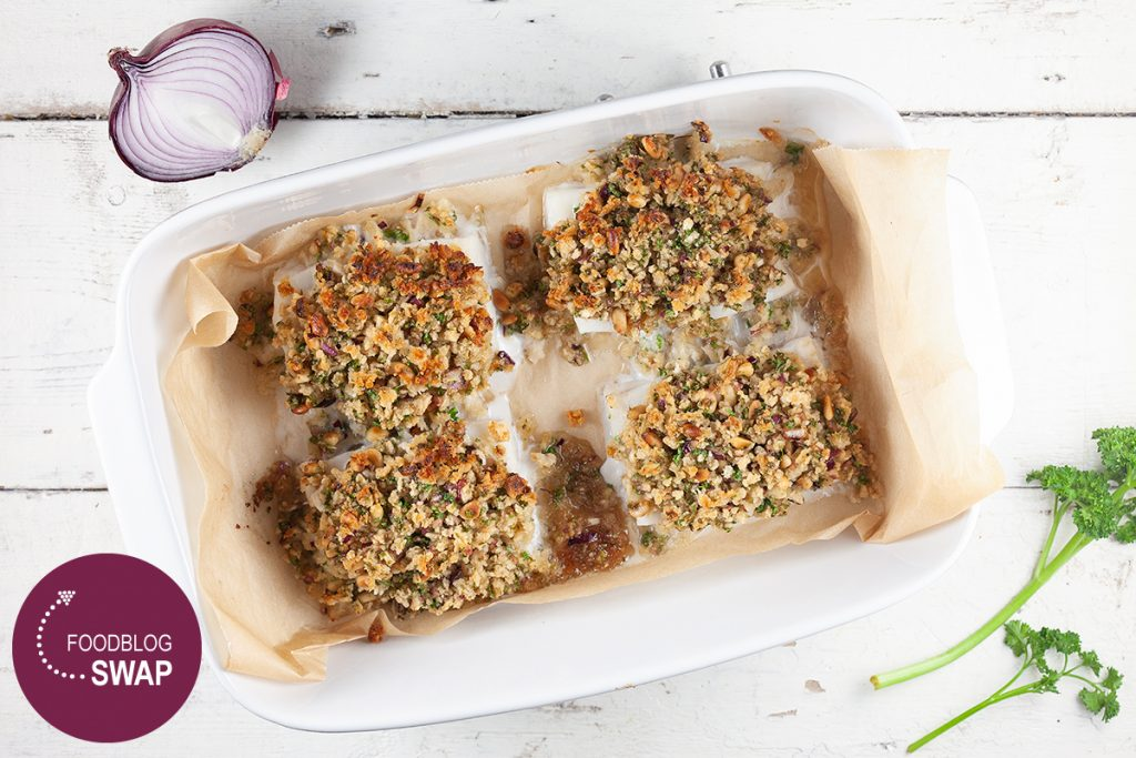 Oven-baked cod with a crispy crust