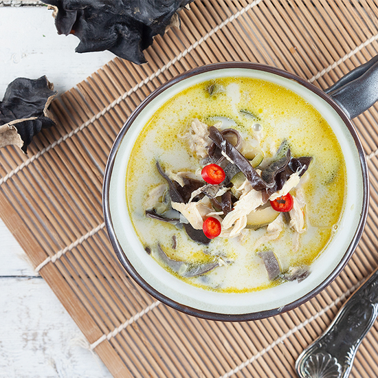 Spicy coconut and black mushroom soup