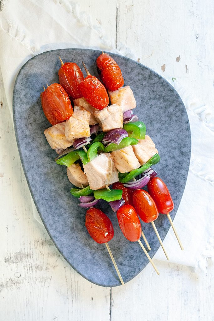 Barbecued salmon kebabs