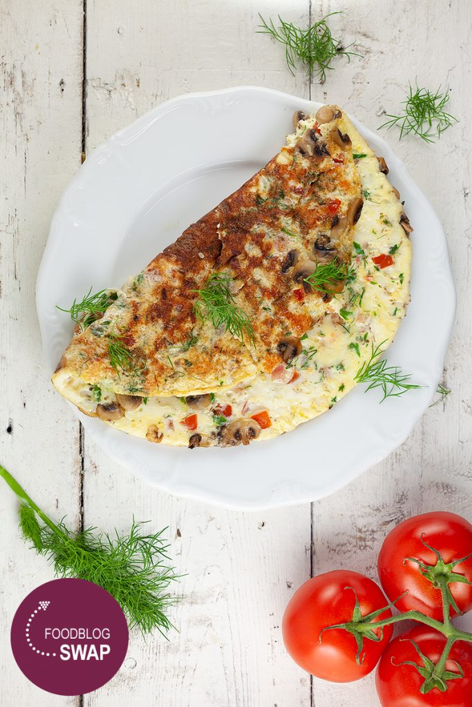 Herb omelette with shrimps